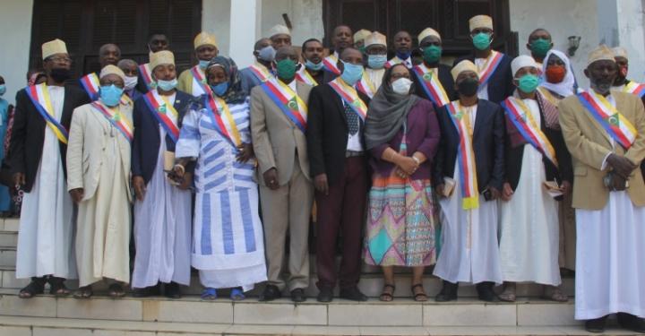 حاكمة جزيرة انغازيجا : استقبال 28 رئيس بلدية من المنتخبينالجدد