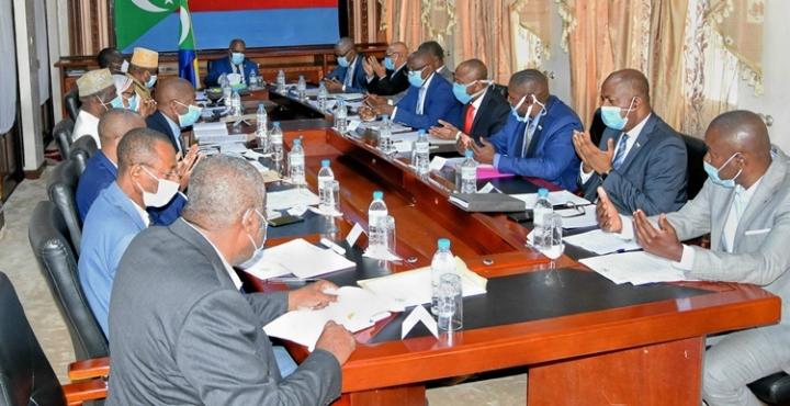 جلسة مجلس الوزراء الأسبوعية: مشروع الموازنة للسنة المالية 2021 ومباراة العودة بين جزر القمروكينيا