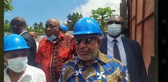 الرئيس غزالي عثمان يزور مصنع كوم غاز لتعبئة الغازالمسال