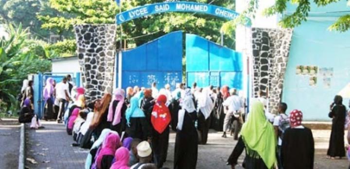 نظرا لازدياد حالات الإصابة بالموجة الثانية من كوفيد-19: حكومة جزر القمر تغلق المدارس حتى إشعارآخر.
